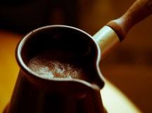 Работники СМИ пьют кофе больше остальных