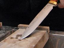 Шестиклассник ранил учительницу кухонным ножом